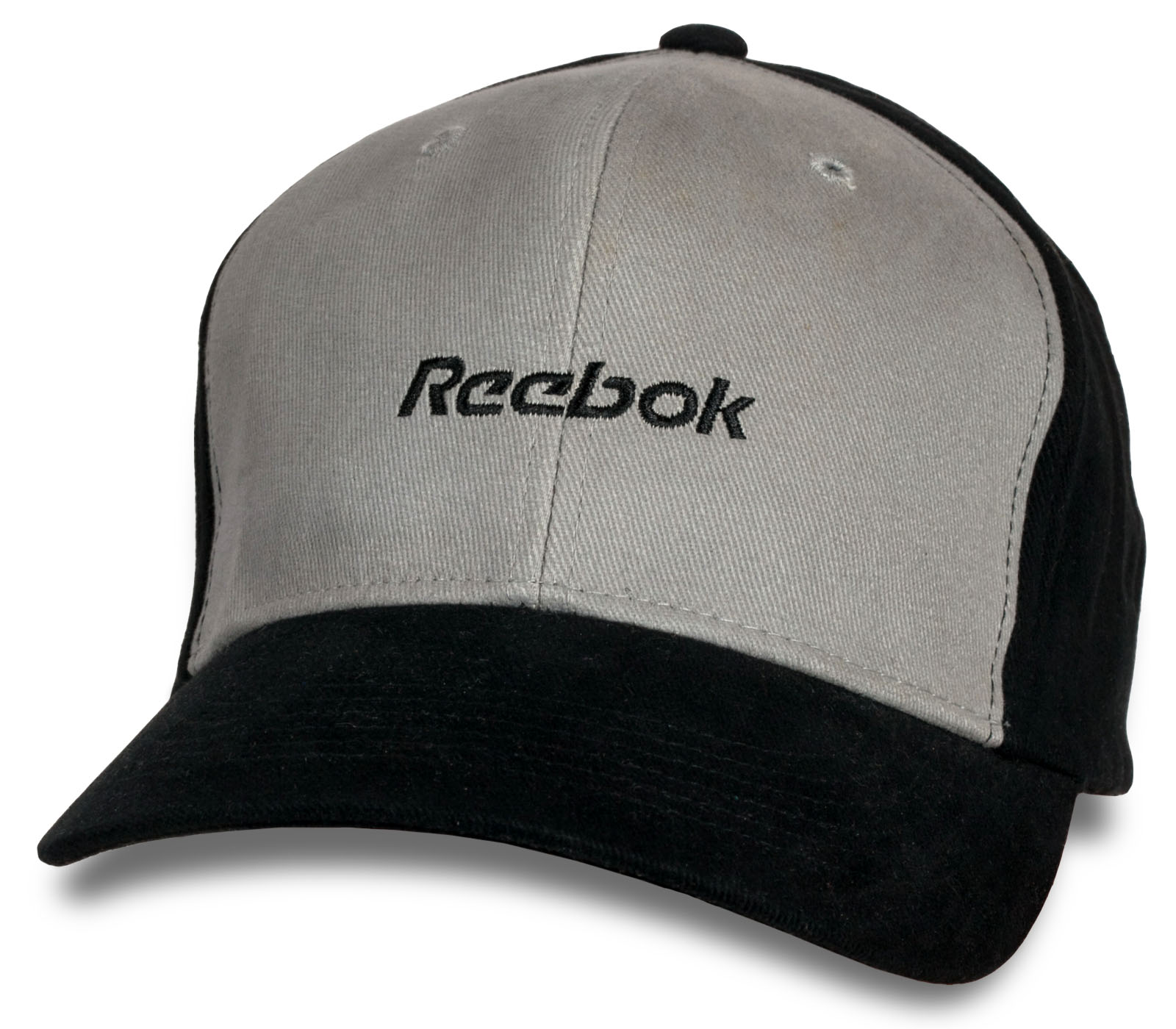 Брендовая кепка со спортивным логотипом