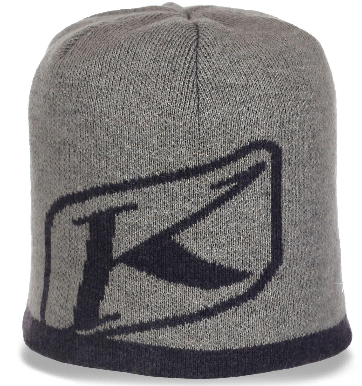 Брендовая молодежная мужская шапка на флисе