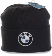 Брендовая шапка BMW с широким отворотом