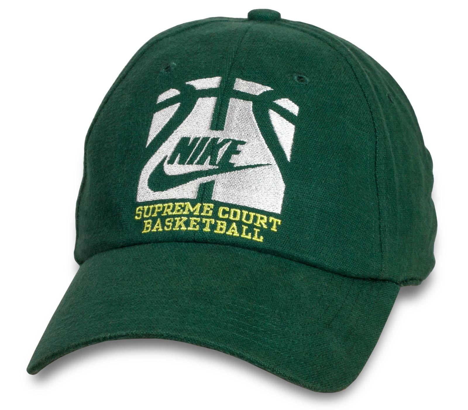 Брендовая спортивная зеленая кепка