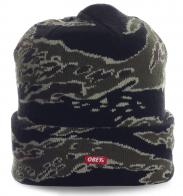 Брутальная мужская шапка от Obey. Модель современного дизайна, в которой тепло в любую погоду