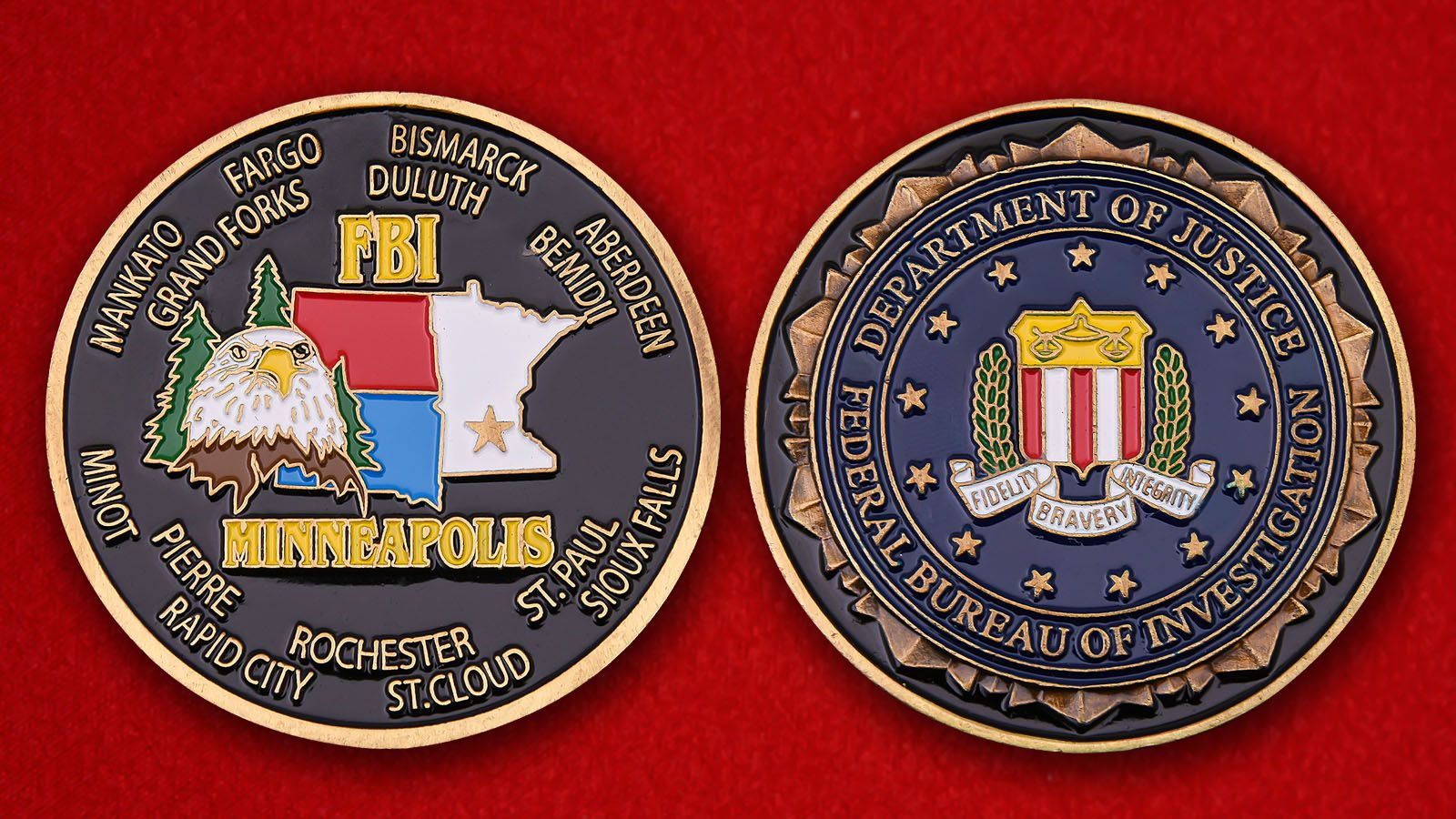 Challenge coin of the Department of Justice FBI in Minneapolis - obverse and reverse