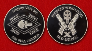 Challenge coin Vietnam Veterans motorcycle club - obverse and reverse