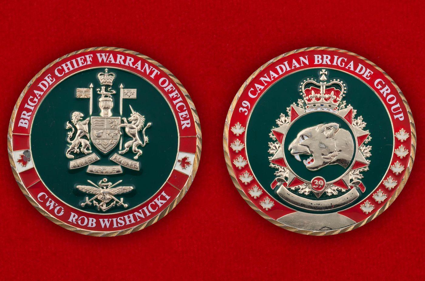 Челлендж коин 39-й Канадской бригады - аверс и реверс
