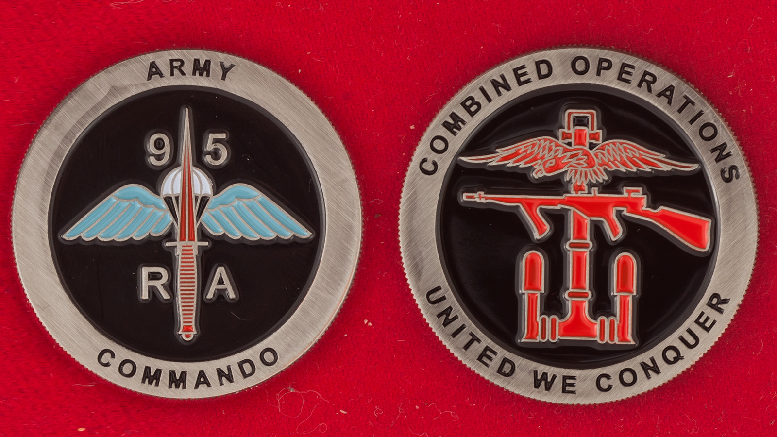 "Челлендж коин ""95-й полк легкой артиллерии Коммандос армии Великобритании"" - аверс и реверс"