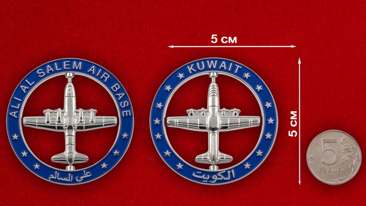 Челлендж коин авиабазы Али аль-Салем ВВС Кувейта сравнительный размер