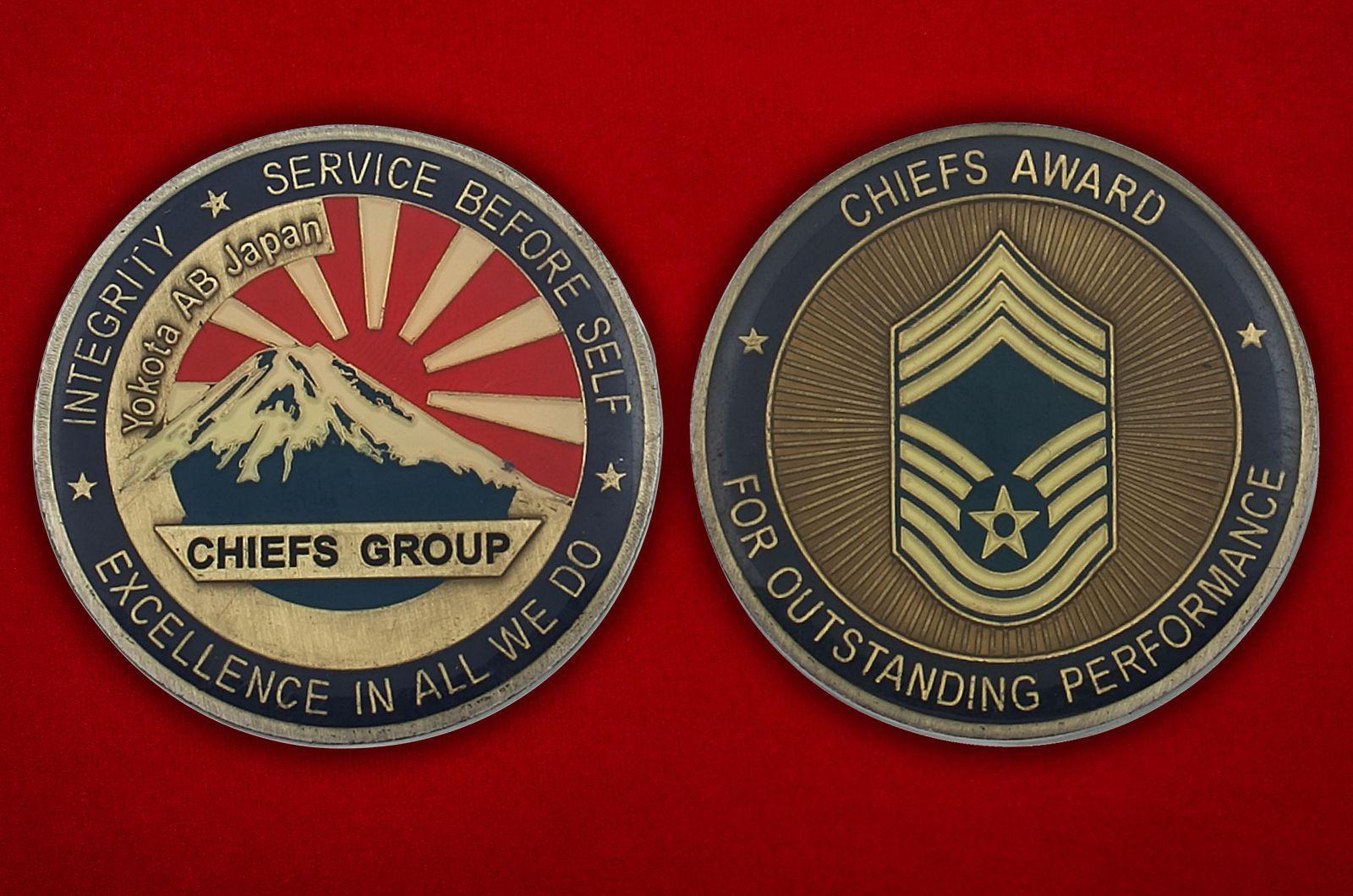 Челлендж коин Авиабазы ВВС США в Йокоте, Япония - аверс и реверс