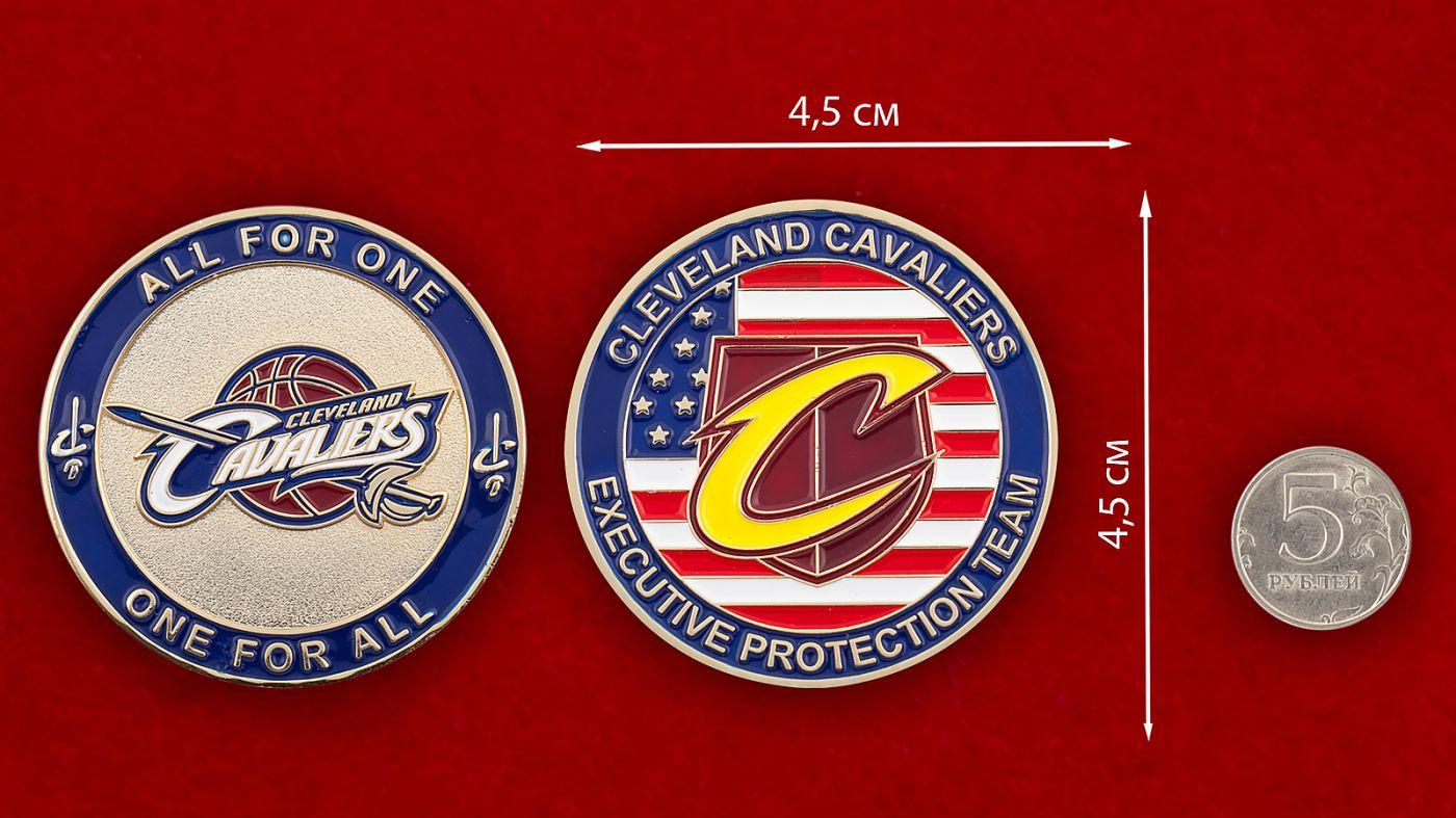 """Челлендж коин баскетбольного клуба """"Кливленд Кавальерс"""" - сравнительный размер"""