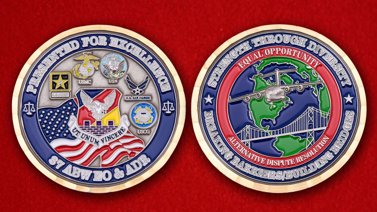 Челлендж коин 87-го Крыла аэродромного обслуживания базы МакГвайр -Лейкхерст - аверс и реверс