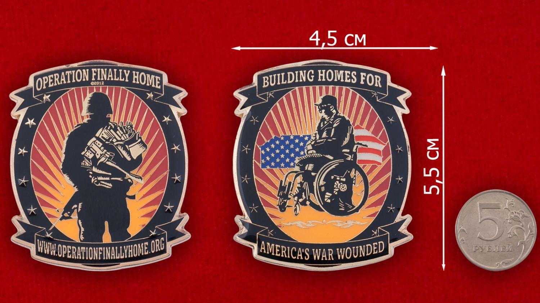 Челлендж коин компании-застройщика для инвалидов и ветеранов военных действий (США) - сравнительный размер