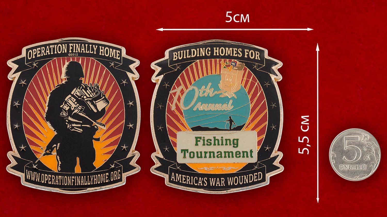 Челлендж коин компании-застройщика жилья для инвалидов и ветеранов военных действий (США) - сравнительный размер