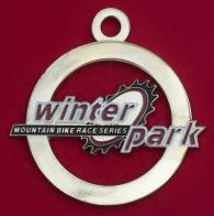 Челлендж коин-медальон участников гонки на горных велосипедах Winter Park в Колорадо, США