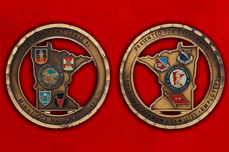Челлендж коин национальной гвардии Миннесоты - аверс и реверс