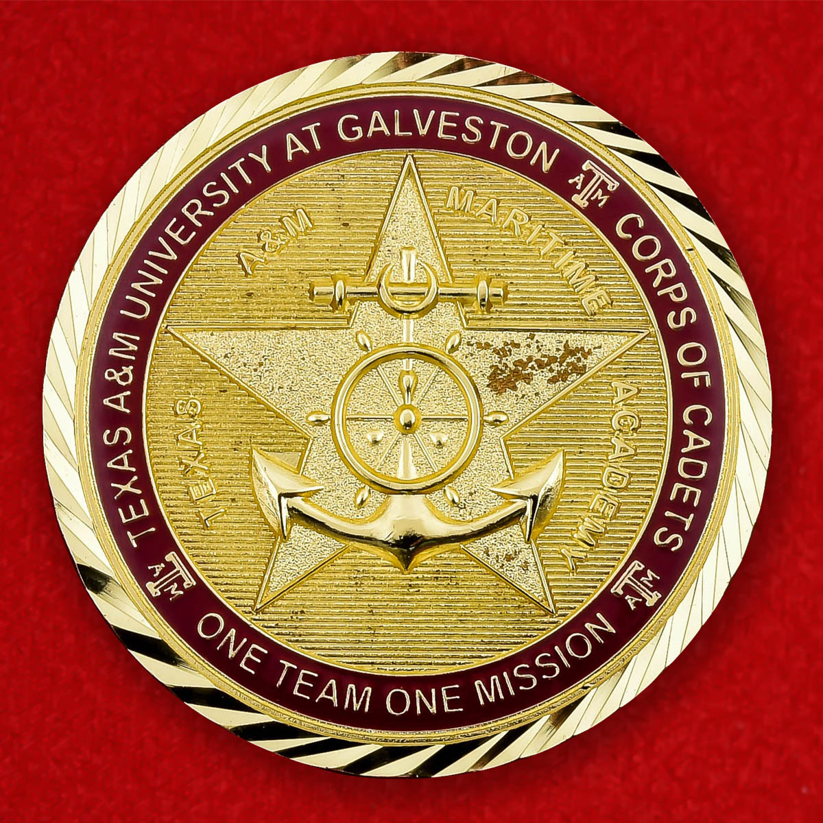 "Челлендж коин ""От начальника Кадетского корпуса Морской академии при Техасском университете A & M Галвестон полковника Ричарда А. Маллена"""