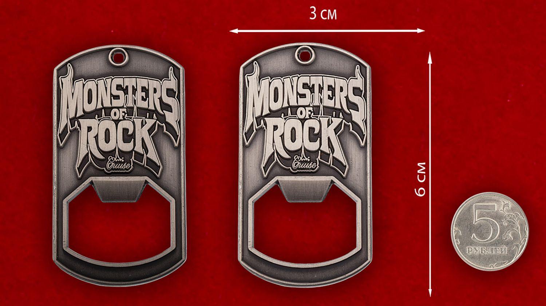 """Челлендж коин-открывалка """"Фестиваль Monsters of Rock"""" - сравнительный размер"""