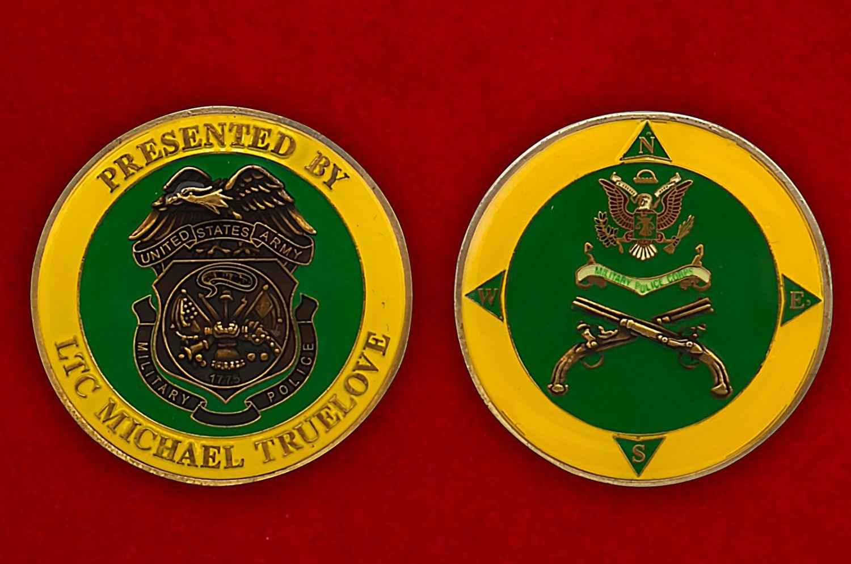 """Челлендж коин """"Подполковнику военной полиции США Майклу Трулаву"""" - аверс и реверс"""
