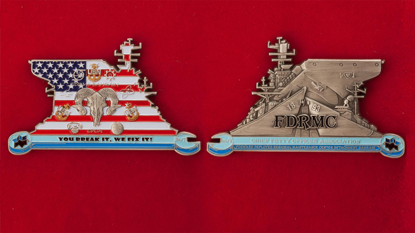 Челлендж коин Ассоциации главных старшин Технического центра базы ВМС США в Бахрейне - аверс и реверс