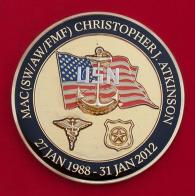 Челлендж коин в память о годах службы главного старшины корабельной полиции ВМС США Кристофера Аткинсона
