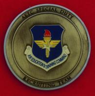 Челлендж коин вербовочной группы Командования учебы и подготовки кадров ВВС США