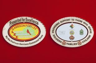 """Челлендж коин """"За отличие"""" от командования гарнизона Форт Ли Армии США"""
