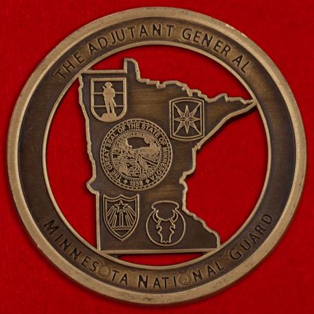 Челлендж коин За отличие от начальника административно-строевого управления Национальной гвардии Миннесоты