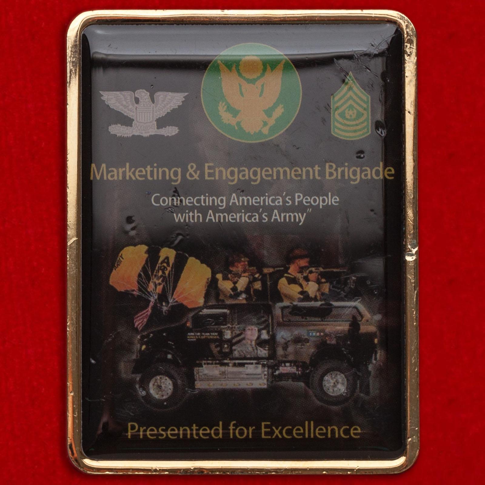 Челлендж коин За отличие в службе в бригаде по маркетингу и взаимодействию с общественностью Армии США, база Форт-Нокс