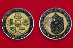 """Челлендж коин """"За отличную службу"""" от главного мастер-сержанта ВВС Национальной гвардии Калифорнии"""