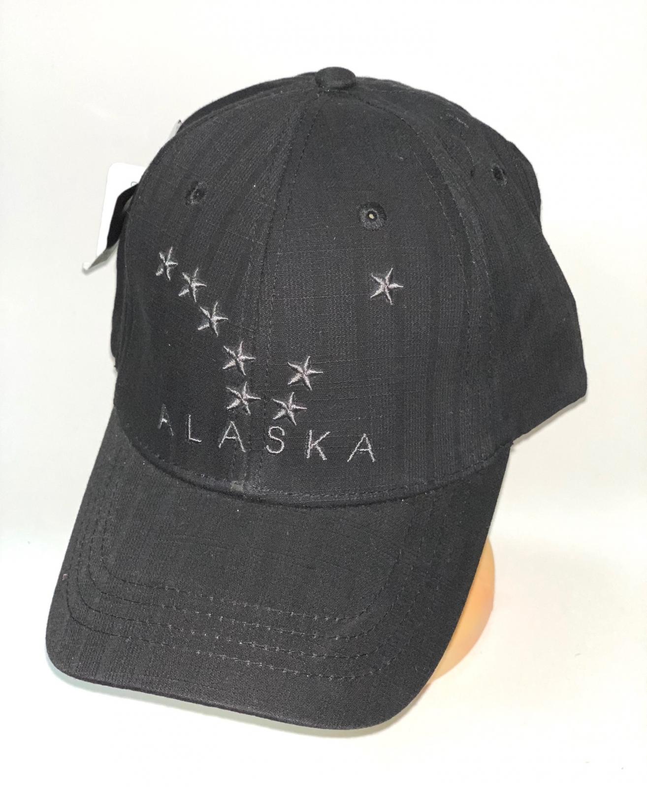 Черная бейсболка Alaska с вышитыми звездами