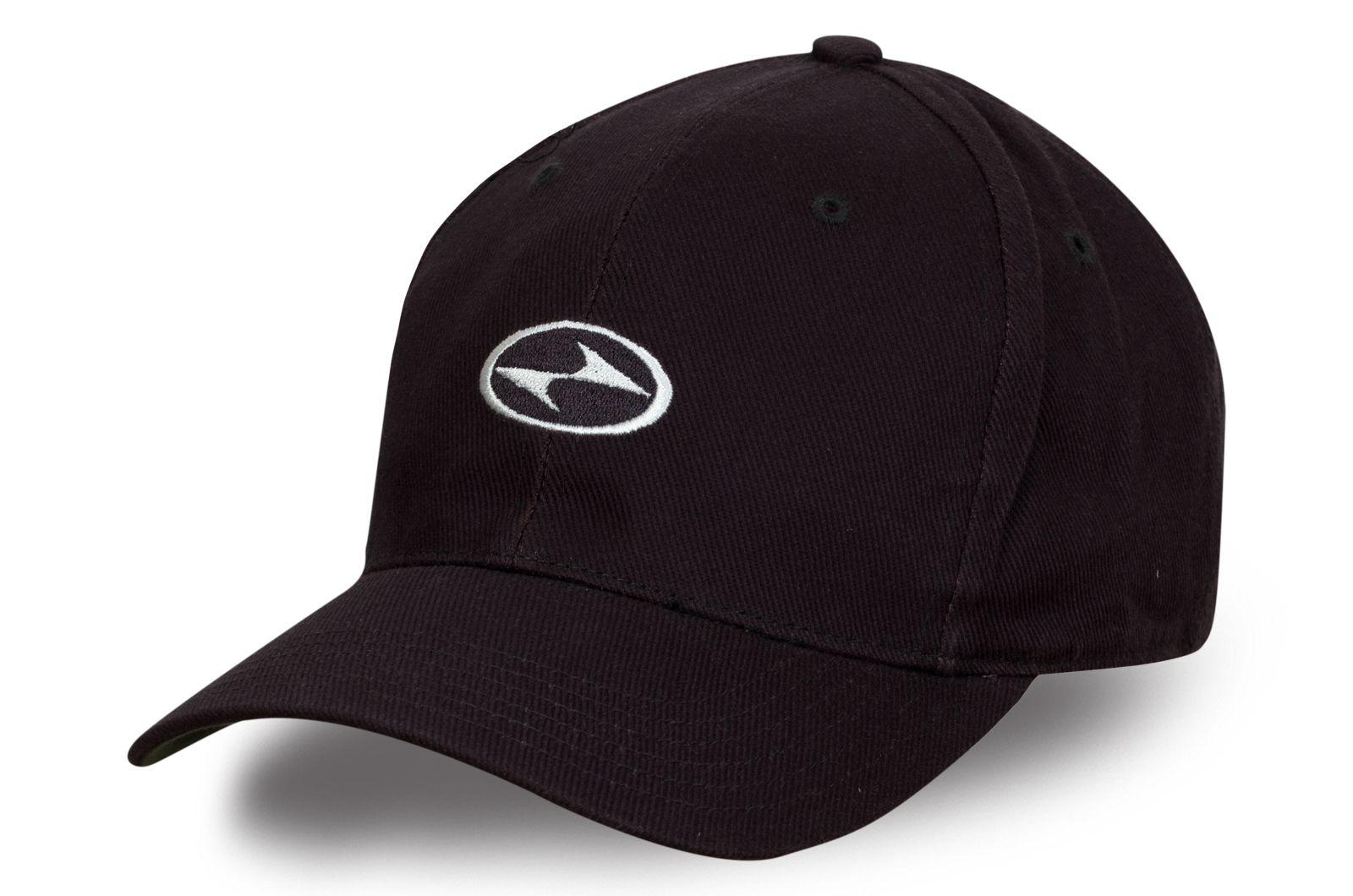 Черная бейсболка Hyundai