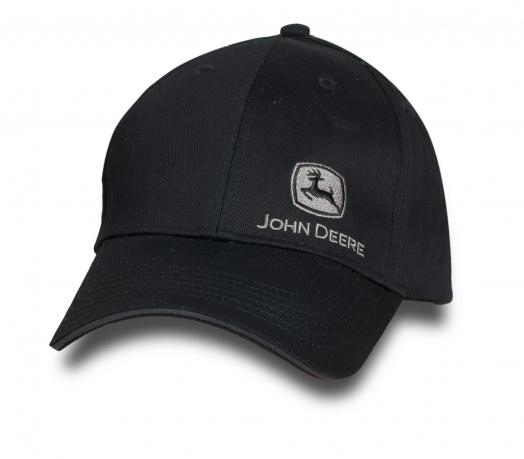 Черная бейсболка от бренда JOHN Deere