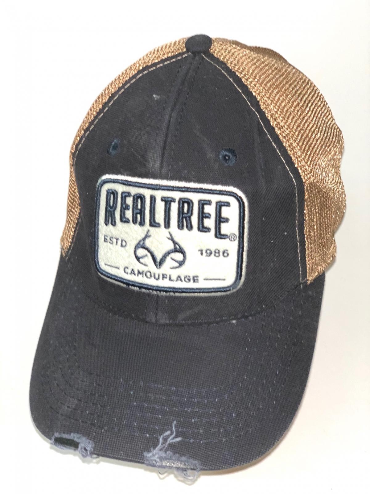 Черная бейсболка Realtree с золотистой сеткой