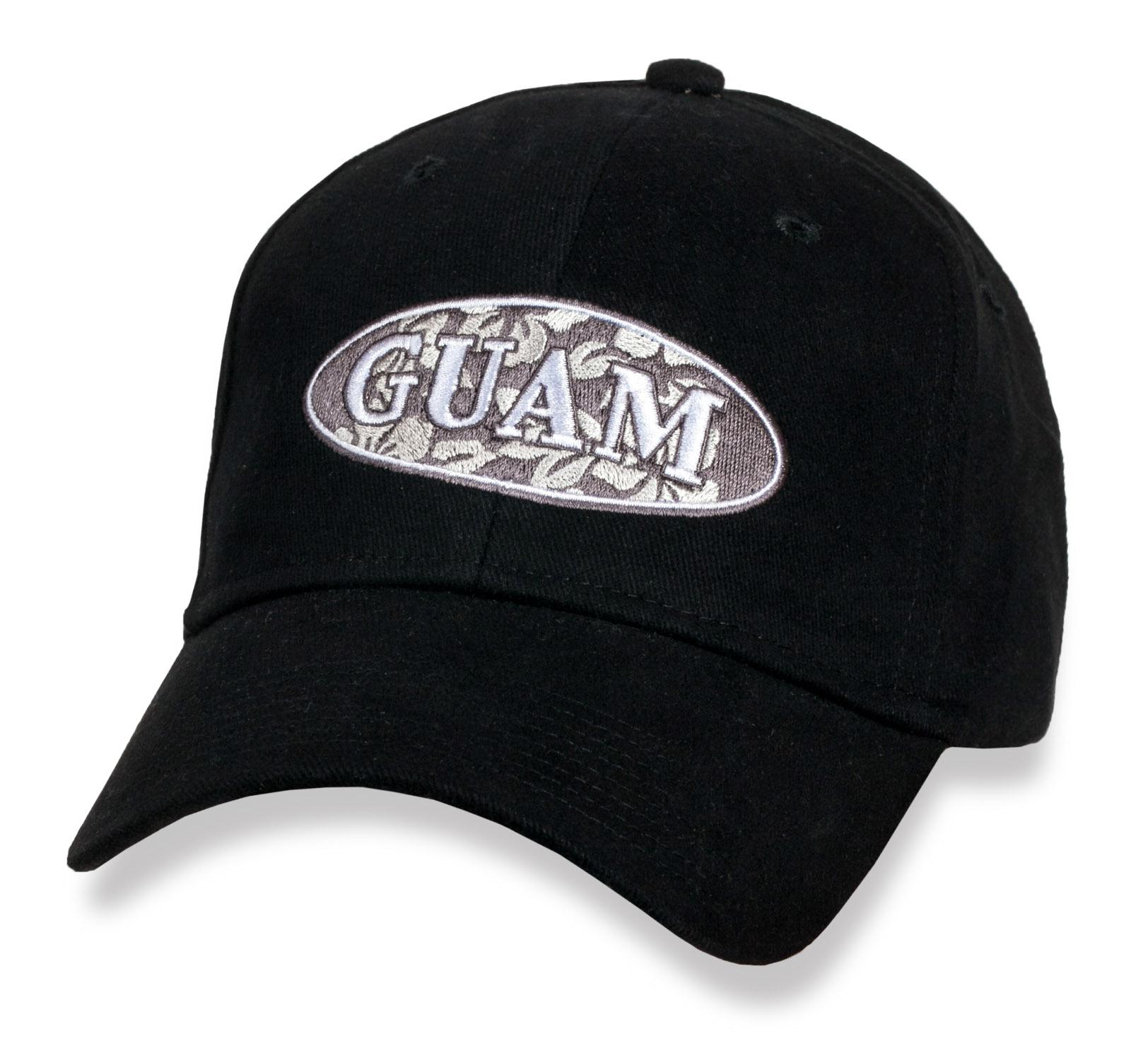 Черная кепка Guam.