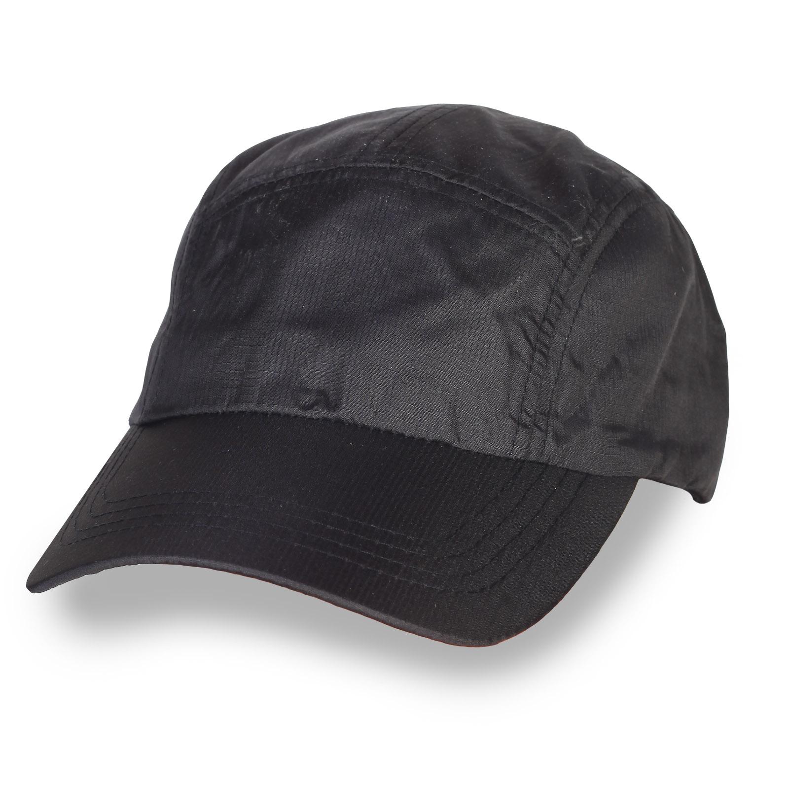 Чёрная кепка пятипанелька