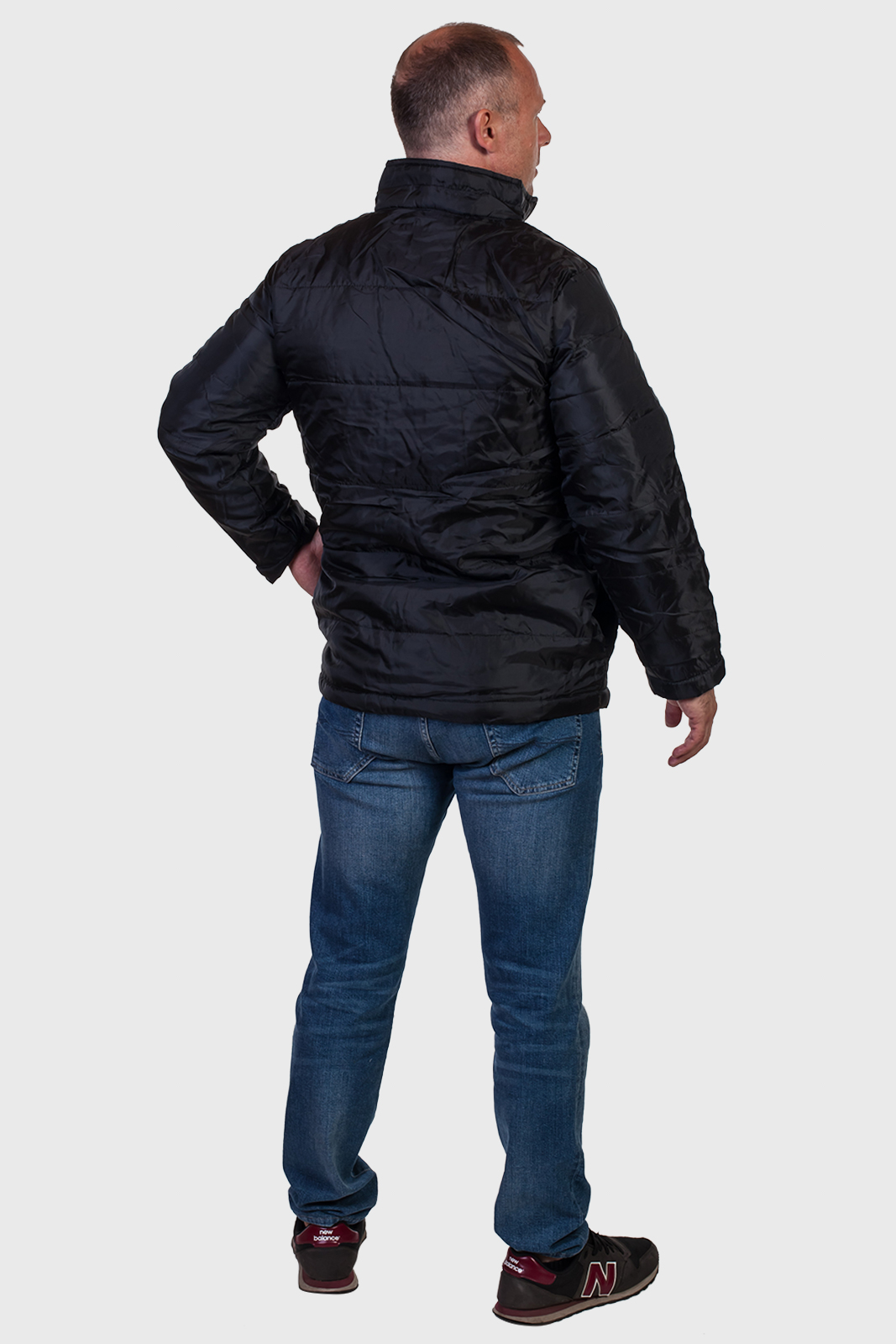 Черная мужская демисезонная куртка