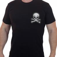 Черная мужская футболка с вышитым черепом
