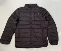 Черная мужская куртка-пуховик