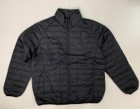 Черная мужская куртка укороченного фасона