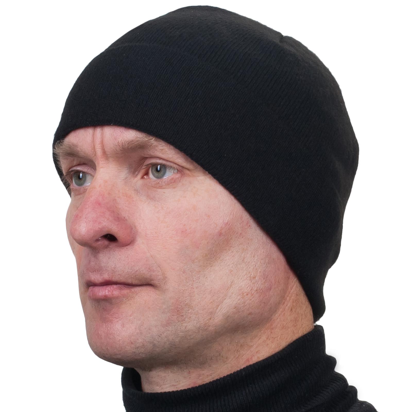 Чёрная мужская шапка