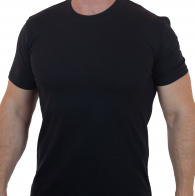 Черная однотонная футболка
