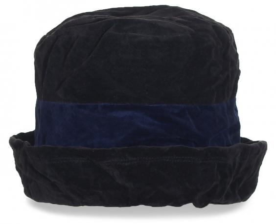 Черная шляпа с синей полоской