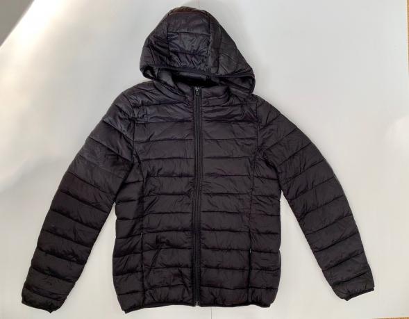 Черная женская куртка от NAGITA