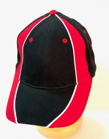 Черно-красная контрастная бейсболка