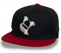 Комбинированная черно-красная бейсболка