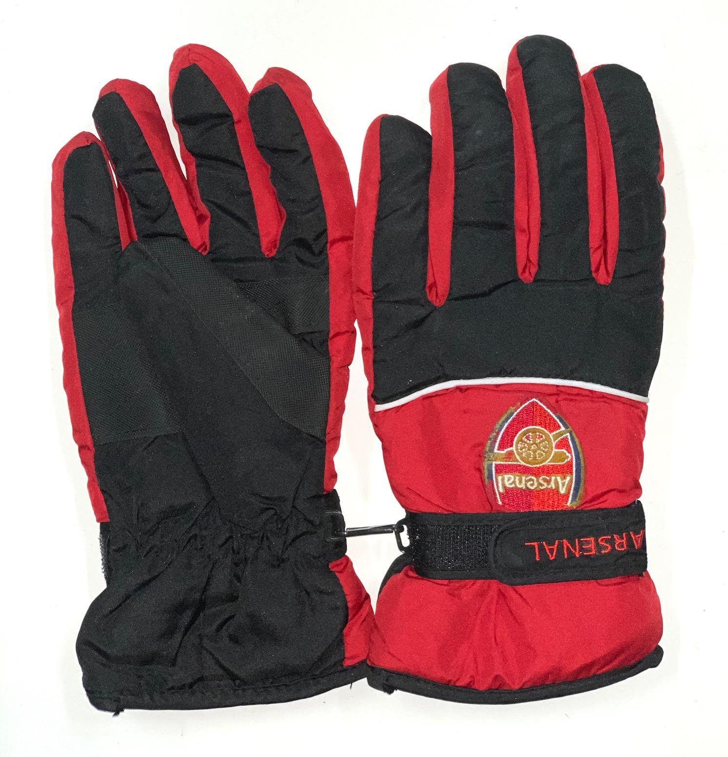 Черно-красные зимние перчатки