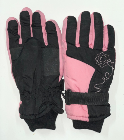 Черно-розовые зимние перчатки с манжетами