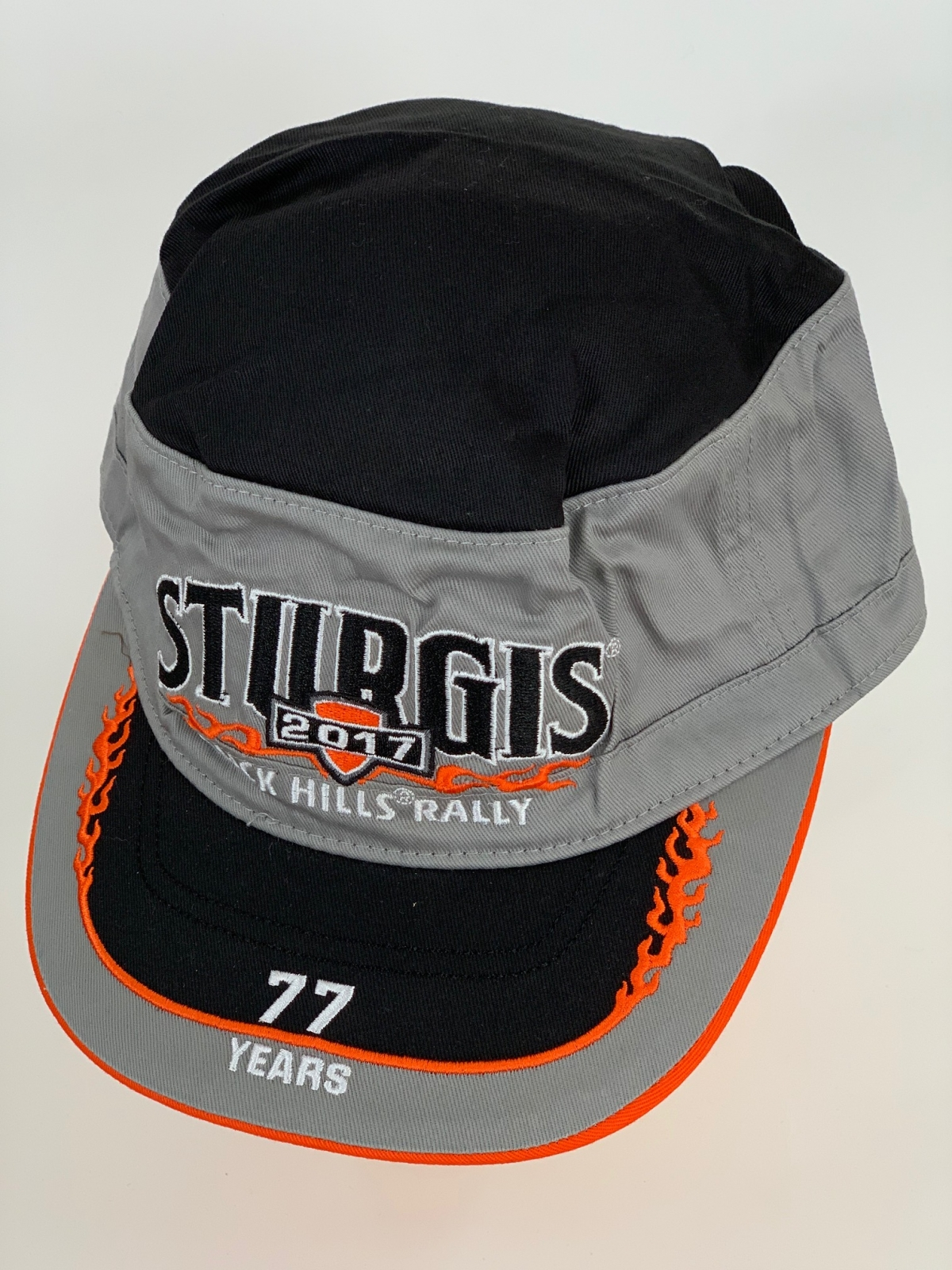 Черно-серая кепка-немка с оранжевой огненной вышивкой