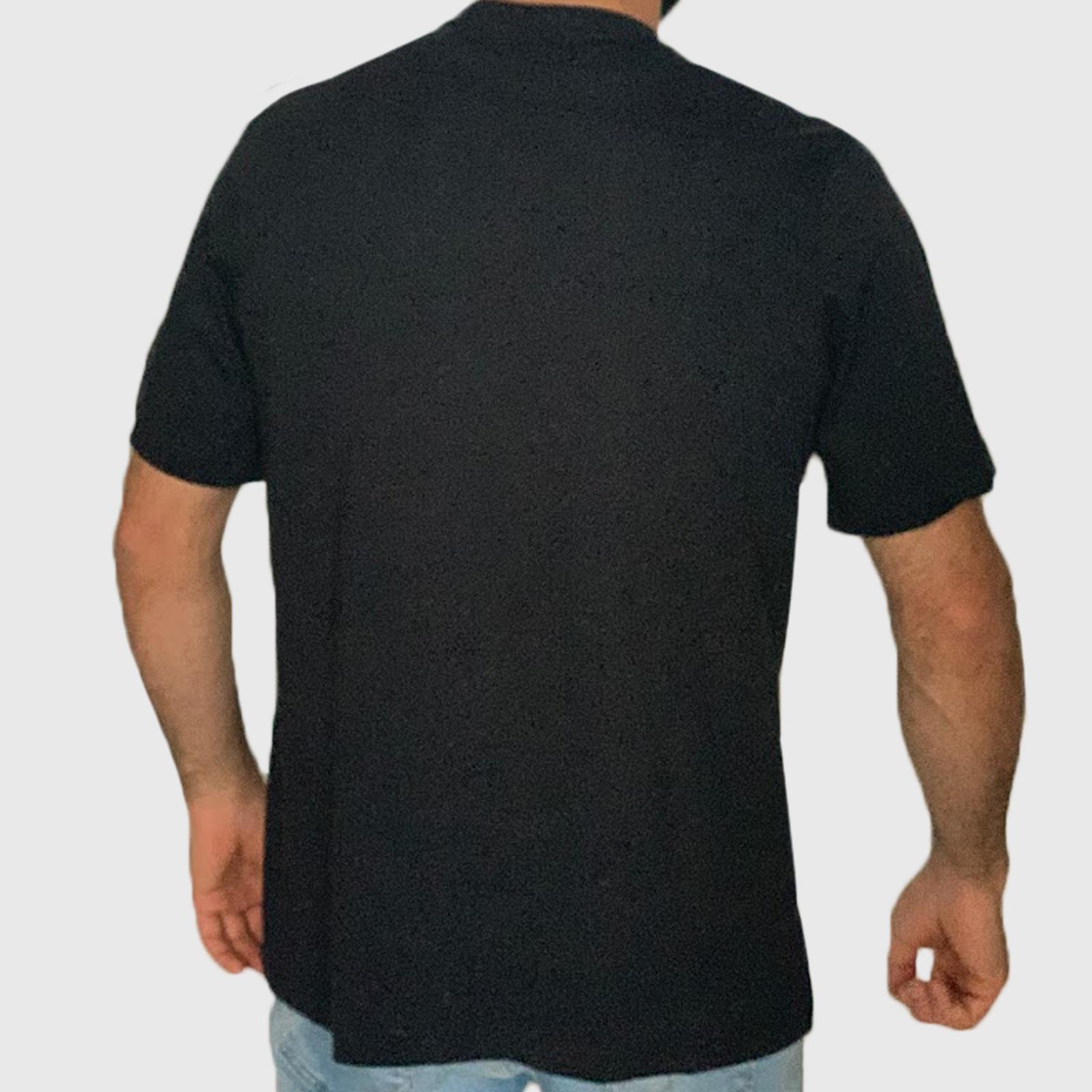 Купить дешево в интернет магазине футболки для парней