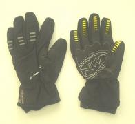 Черные перчатки от Northwave