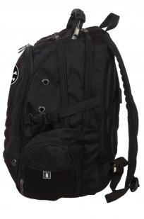 Черный надежный рюкзак с нашивкой Пиратский флаг - заказать в розницу