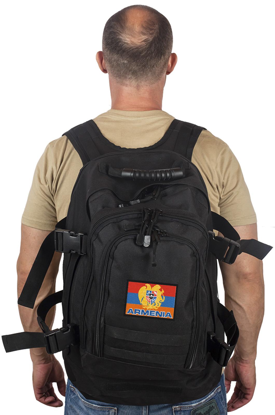 Чёрный рюкзак универсального типа Армения